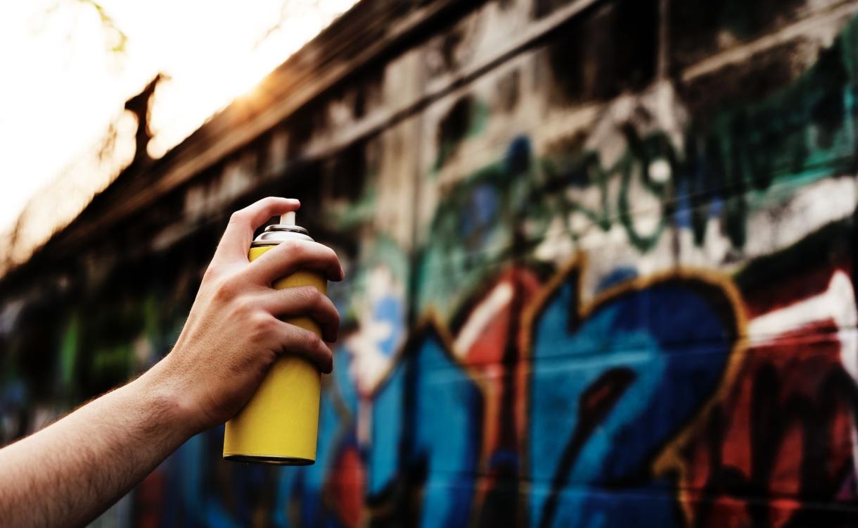 Brummen kan vele meldingen over graffiti en zwerfvuil niet aan