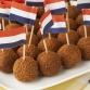 Geen woningproblematiek of corona: Zutphense VVD gaat zich bezighouden met bitterballen