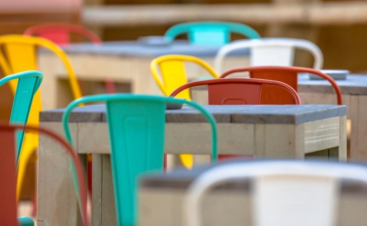 Café Witkamp is van plan om terras weer open te gooien, ondanks dat het niet mag