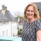 Geschopte Bokbierdag-beveiliger krijgt bloemetje van burgemeester
