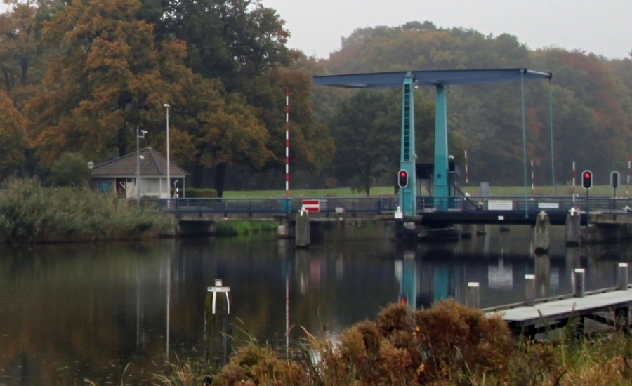 Ophaalbrug Laag-Keppel krijgt verkoeling voor de warmte - LokaalGelderland