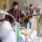 Zutphense muzikanten brengen 'het beste medicijn' bij patiënten Gelre Ziekenhuis