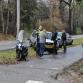 Scooter klapt op auto langs N348 Eefde