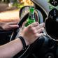 Automobilist onder invloed van drugs rijd tegen geparkeerde auto