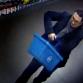 Man loopt met dure champagne onder trui Warnsveldse supermarkt uit