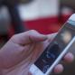 Politie Oost-Nederland heeft mensen bekeurd voor appen op de fiets