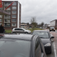 'Parkeerplaats maakt omstreden kruispunt gevaarlijk', maar gemeente haalt 'm niet weg
