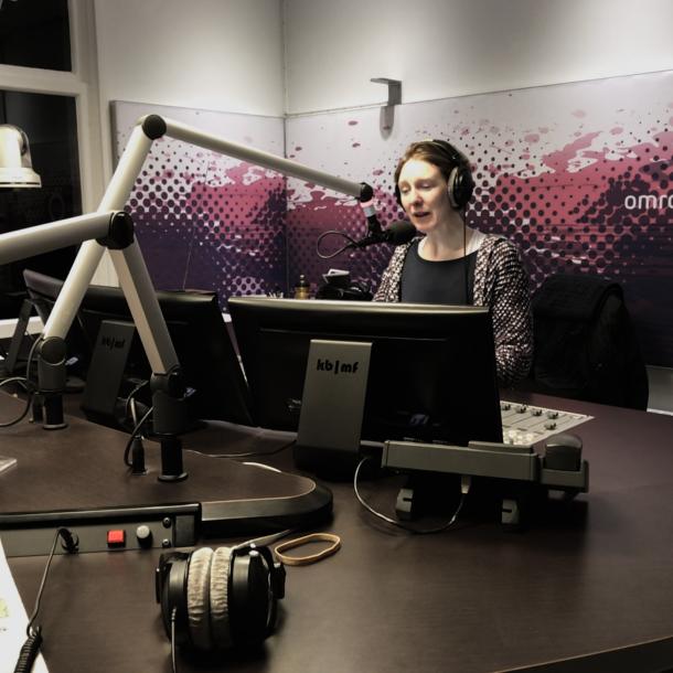 Fijne Wereld Radio Dag! We gingen langs bij de Gelderse ochtendshow