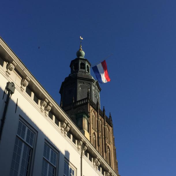 Bekijk hier de Dodenherdenking in Zutphen terug