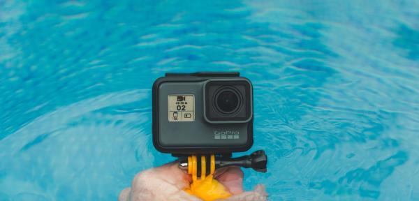 Man filmt bij zwembad Vorden, zwembad vraagt om privacy