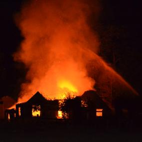 Brand boerenschuur Zutphen mogelijk ontstaan door vuurwerk