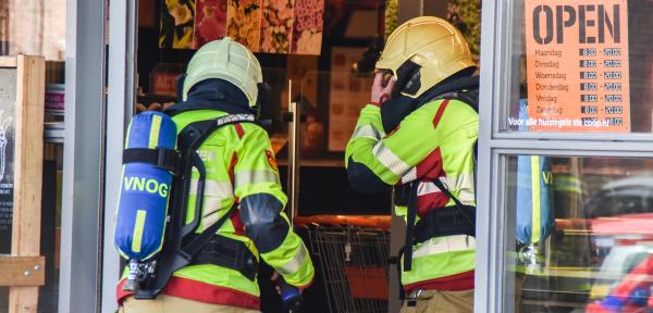 Supermarkt in Zutphen ontruimd nadat mensen onwel werden