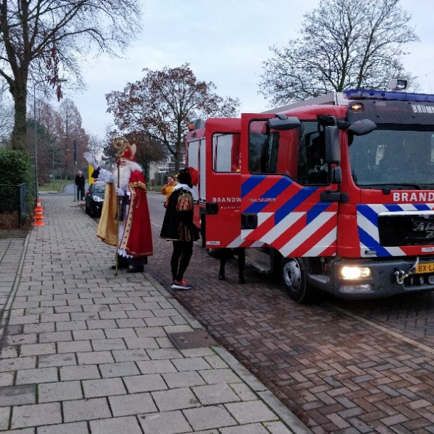 LGLD KORT: Sinterklaas komt met de brandweer op Kindcentrum Het P@rk