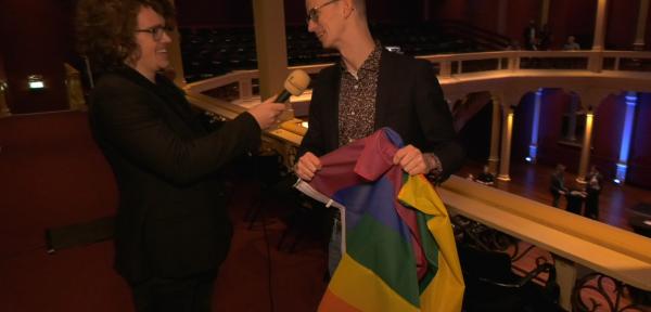 'Zutphen moet een regenboogzebrapad en meer vlaggen krijgen, maar vooral goede voorlichting'