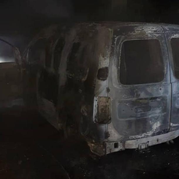 Gestolen voertuig in brand gestoken
