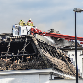 Brand Marktplein Brummen opnieuw opgelaaid