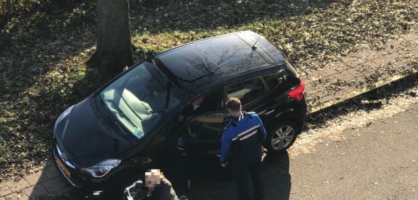 Foutparkeerders blijven regels negeren in Paulus Potterstraat, handhaving treedt strenger op