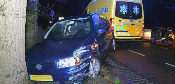 Automobilist knalt op omstreden chicane bij Lochem