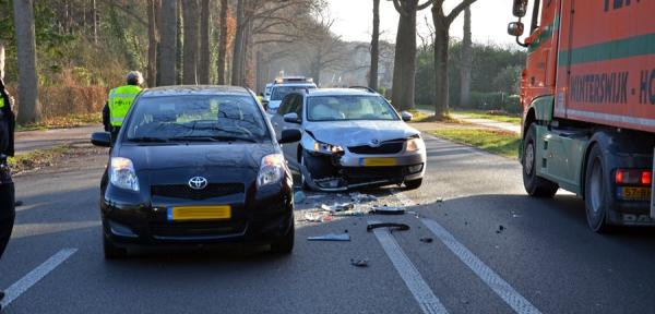 Forse schade na aanrijding in buitengebied Warnsveld