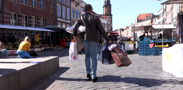 InZutphen: 'Doe je inkopen deze tijd alsjeblieft bij de lokale ondernemers'